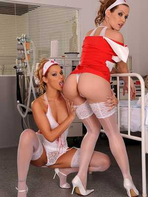 Sophie Moone, Cindy Hope